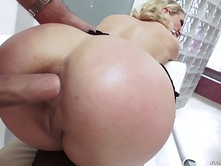 cherie deville gets her ass hole filled with his fat throbbing member