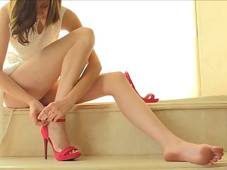 preciosa anglosajona heels red insertion vagina beauty