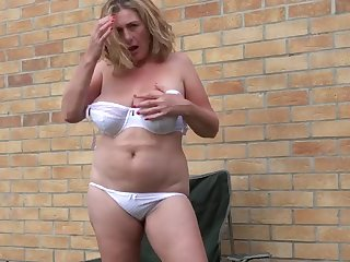 busty mature mother oils and fucks herself